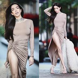 Claudia Salinas - Lioness Long Sleeve Dress, Dylanlex Remi Choker, Public Desire Clear Heels - HOLIDAYS #1