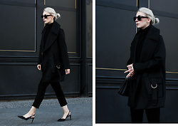 Leonie // www.noanoir.com - Lala Berlin Black Tailored Coat With Golden Details, Uniqlo Black Turtleneck Sweater, Weekday Cropped Black Frayed Denim Jeans, Zign Black Leather Slingback Heels, Ace & Tate Black Oversized Sunglasses - Frosty