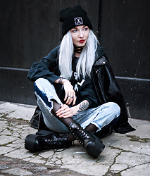 Kimi Peri - Second Hand Lapko Hoodie, Regalrose Xavier Choker, Vii & Co. Vegan Twin Zipper Leather Jacket, Long Clothing Logo Beanie, H&M Fishnet Tights, Vii & Co. Denim Snow Wash Jeans - Between Snow and Rain