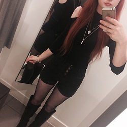 Sin - Primark High Waisted, Black Demin, Button Up Shorts, H&M Knee High Black Boots, H&M Ribbed, Cold Shoulder, Black, High Necked Shirt, Primark Fishnet Tights - Hello Autumn
