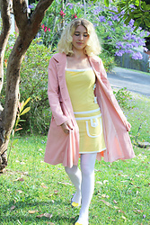 Kayla J - Alice's Pig Twiggy Dress, Alice's Pig Demi's Dallas Coat - A Spring Time 60s Look