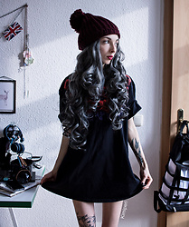 Kimi Peri - No Perfect Neckrose Tee, Accessorize Purple Beanie, Grey Wig - Roses Turn Grey Sometimes