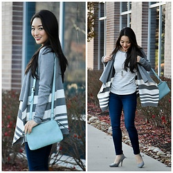 Kimberly Kong - Stitch Fix Striped Cardigan, Stitch Fix Skinny Jeans, Stitch Fix Blue Crossbody Bag - Keeping it Casual on the Daily