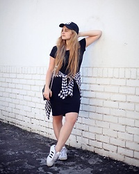 Meira Friedland - H&M Hat, Cotton On Dress, Mango Shirt, Adidas Sneakers - Casual Coolness