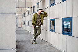 Vladimir Rapo - H&M Olive Green Bomber Jacket, H&M Olive Green Distroyed Sweathershirt, Zara Biker Jogging Trousers, Palladium Gray Boots - Comfortable Outfit