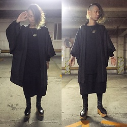 @KiD - Ch. Oversize Tee, Ch. Skirt Pants, Vintage Japanese Samurai Jackets, Vivienne Westwood Rockin Horse Boots - Japanese Trash 75