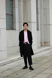 Martin Tichy - H&M Coat, H&M Pants, Kenzo Socks, H&M Shoes - PINK FRIDAY