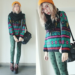 Candy Thorne - Valley Girl Spotty Jeans, Thrifted Ugly Sweater, Shibuya 109 Leopard Platforms, Ebay Mustard Beret - Ugly Sweater Weather