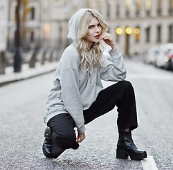 Ebba Zingmark - Asos Hoodie, Monki Pants, Rapunzel Clip On Set, Vagabond Boots - A NEW ERA
