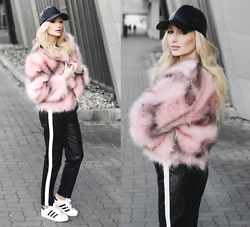 Chloe From The Woods - Sheinside Pink Open Front Faux Fur Coat, Sheinside Black Striped Side Faux Leather Pants, Sheinside Black Faux Leather Hip Hop Baseball Cap - WINTER BUBBLEGUM