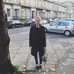 Gem.Lou _ - French Connection Uk Coat, Zara Shoes, Alice Temperley Bag, Levi's® Jeans - Coffee walks