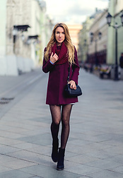 Jane D - Calzedonia Tights, Befree Coat - Marsala
