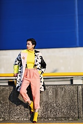 ALULU - Acne Studios Pants, Frontrowshop Coats, Louis Vuitton Bag, Jacquemus Sweater - Colorful mix&match