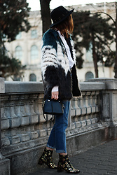 Andreea Birsan - Multicolor Faux Fur Coat, Black Fedora Hat, Mini Crossbody Bag, Reworked Step Hem Jeans, Embroidered Ankle Boots - Embroidered ankle boots: the go-to shoes for winter II