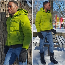 Thomas G - Storm Boots, Levi's High Rise Demi Curve, Thinsulate Gloves, Land's End Coat - Winter Playland