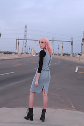 Zoë Harvey - Eat Me 2 Piece Set, American Apparel Black Quarter Length Shirt, Yru Sparkley Boots - Eat Me