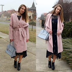 Enikő S. - Shein Wrap Coat, Reserved Floral Dress, Coccinelle Handbag, Deichmann Ankle Boots - Winter Blossom