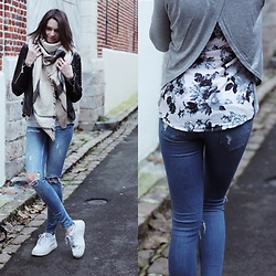 Audrey - Dressbylily Top, Gina Tricot Jeans, Nike Sneakers, Zaful Scarf - Floral print