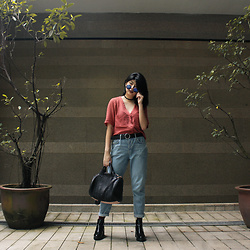 Melisa A - Topshop Crop Top, Topshop Boyfriend Jeans, Zara Ankle Boots, Alexander Wang Handbag, Vintage Sunglasses, Topshop Socks, Cotton On Belt - DAYLIGHT