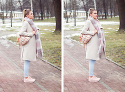Dominika P. - Reebok Reeboks, C&A Pants, Sinsay Scarfl, New Look Backpack, Mango Coat - 112