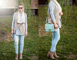 Dominika P. - Bershka Vest, New Look Bag, Berska Boots, C&A Pants, Primark Sweater - 114