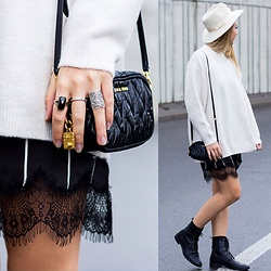 The Blonde Bliss - Miu Handbag, The Blonde Bliss Hat, All Details On - Lace, gold & oversize sweater