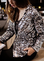 Guess What - Mango - FANCY SEQUINS