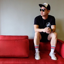 DADA FAB - Adidas Cap, Zalora Singapore Black Shirt, H&M Denim Shorts, Topman Socks, Converse Shoes - Yuletide Season