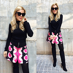 Cris M. - Asos Skirt - 60s Mood