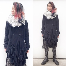 @KiD - Facetasm Down Muffler, Anzevino & Florence Crazy Coats, Blood Is The New Black Joy Divison Tights, Dr. Martens 10 Hole Boots - Re Japanese Trash 25