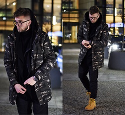 Lukasz Podlinski - House Jacket, Zerouv Sunglasses, Caterpillar Shoes - Streetwear