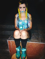 Yaz Ugalde - Dr. Martens Bmo Boots, Casino Black And Silver, Vintage Baby Jeans Vest, Jeffree Star Cosmetics Jawbreaker Lipstick, Arctic Fox Hair Color Cosmic Sunshine - A BMO Adventure