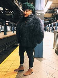 Beoncia Dunn - Topshop Fringe Ankle Boots, Uniqlo Heat Tech Jeggings, Fur Bomber, Topshop Black Wash Denim Jacket, Manic Panic Nyc Midnight Blue Organic Dye - O P U L E N C E