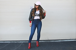 Melany - Zara Bomber Jacket, Uniqlo High Rise Skinny Jeans, Signorelli Graphic Tee, Forever21 Baseball Cap, Zara Red Heeled Ankle Boots - Cool Girl Vibes