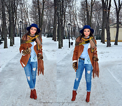 Natalia Uliasz - Stradivarius Hat, Zaful Scarf With Pompoms, Zaful Blouse With Embroidery, Sammydress Sheepskin Jacket, Mohito Jeans Pants, H&M Bag, Deezee.Pl Boots - Scarf and blouse with embroidery Zaful.com