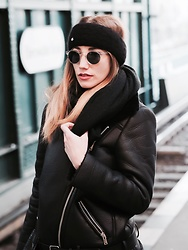 Diamond & Peonie - Oliver Peoples Grey Sunglaces, Zara Black Coat - That cold winter !