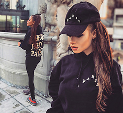 Paula Suchowera - Black Lashes Volume, Pablo Supply Paris Hoodie And Cap - P A R I S