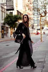 Elise Gabriel - Lulu*S Black Mock Neck Top, Windsor Store Sheer Black Duster, Chloé Chloe Black Handbag, Lanvin Black Leather Boots - Sleek Black Duster in San Francisco