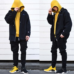 Lukas L. -  - Yellow X Black NMD
