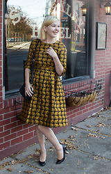 Bree Fesh - Shein Gold And Black Elephant Dress - Eloquent Elephants