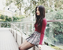 Rachel T - Bershka Red Ribbed Knit Top, Urban Outfitters Grey Plaid Skort - Missing december
