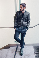 Maik - Sky Rebel Bomber Jacket, Sky Rebel Chino, Marc By Jacobs Boots - Bomber and chino
