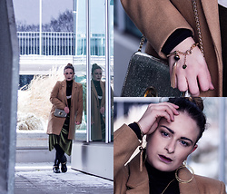Jules - Bik Bok Turtleneck Top, Pimkie Coat, Mango Metallic Bag, Zara Velvet Dress, Michael Kors Biker Boots, Abercrombie & Fitch Bracelet, &Otherstories Earrings, Reserved Necklace - The Velvet Dress