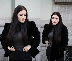 Justyna Lis - Zara Black Fur Coat, New Look Black Pants, Terranova Grey Turtleneck Sweater - Black fur & grey turtleneck