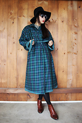 Ping Chiu Armando - Asos Black Hat, Green Plaid Trench Coat - Green Plaid Trench Coat