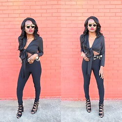 Kay Faro - Public Desire Shoe, American Apparel Rider Pants, Prettylittlething Top - Black ?