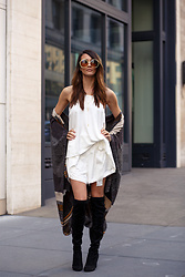 Elise Gabriel - Romwe Over The Knee Boots, Premonition White Blouse Athena Top, Premonition White Shorts Athena Shorts, Bcbg Striped Poncho Sweater, Chloé Round Vintage Sunglasses - Winter Whites in San Francisco