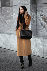 CLAUDIA Holynights - Jollychic Camel Coat, Vipme Bag, Ego Boots - Camel and black