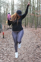The Curvy Chapter Saskia -  - GETTIN' ACTIVE