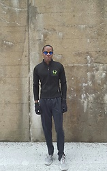 Thomas G - Level Wear Hylete Fleece, Illuminite Track Pants, Polartec Gloves, Skechers Go Run Vortex - Hello, Hylete Nation!